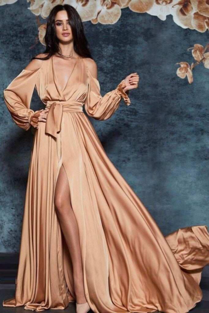 Шелковое вечернее платье в пол