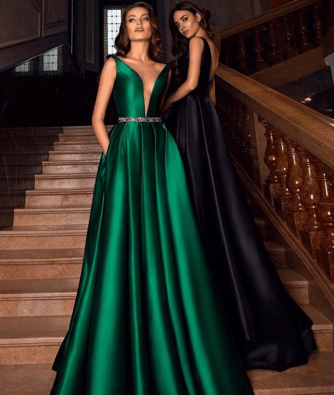Два длинных вечерних платья